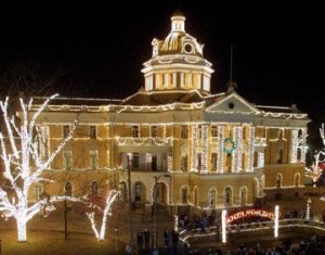 "Old Harrison County Courthouse of Marshall lights up for the ""Wonderland of Lights"""