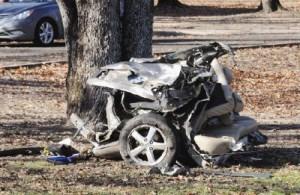 Multi-vehicle accident, Mineola, TX Kills Two