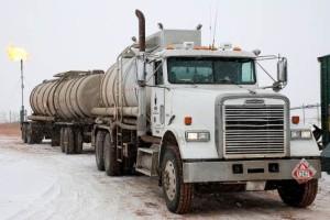 Longview Oil Field 18 Wheelers